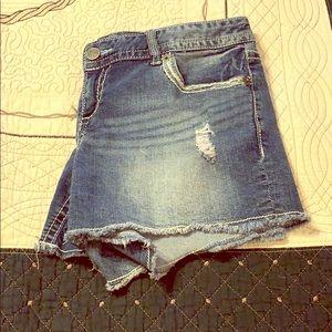 Maurices shorts 9/10 regular